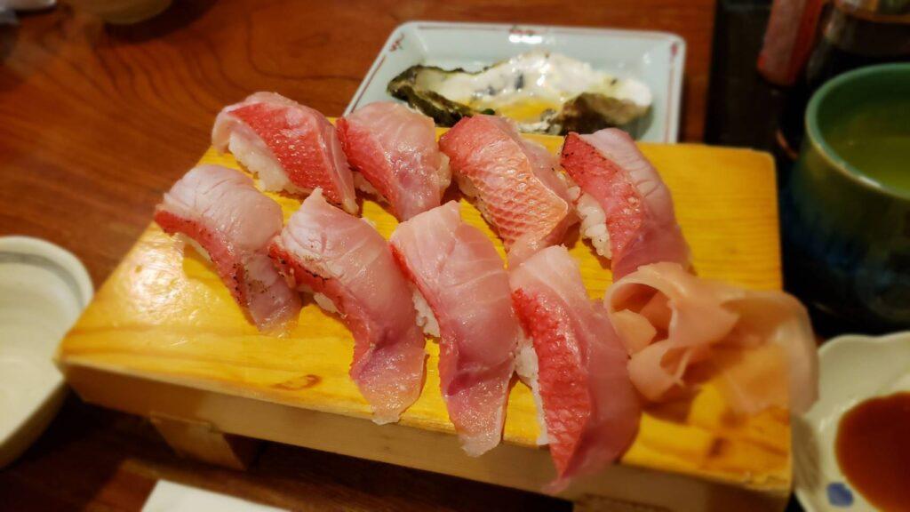 これが稲取キンメのお寿司っすよ・・・!!
