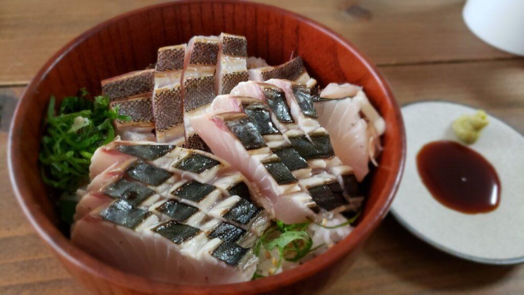 イシダイとサワラの炙り丼!!
